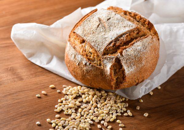 Jećmenov kruh z drožmi